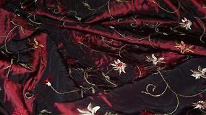 Traumhaft bestickter Taft  Taft Kleider Taft Bekleidungstaft KT301