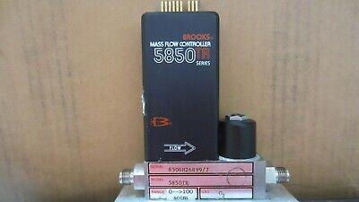 Brooks 5850tr Mass Flow Controller W 100sccm O2 Gas 5850tr