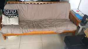 Futon couch/bed North Melbourne Melbourne City Preview
