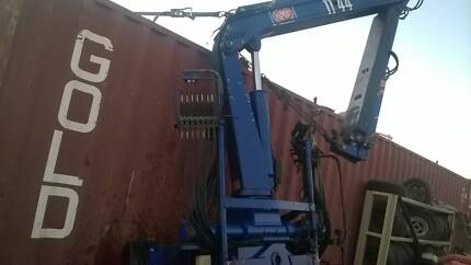2006 HMF CRANE AND 1 TONNE GRAB . START A BUSINESS TODAY.