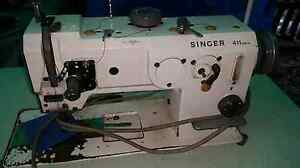 Singer 411u walking foot industrial sewing machine Logan Central Logan Area Preview