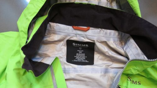 Simms Fishing Products Gore-Tex Acklins Jacket Size Large