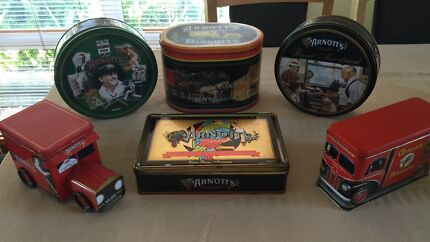 Collectors Antique Arnotts Biscuit tins Edgeworth Lake Macquarie Area Preview