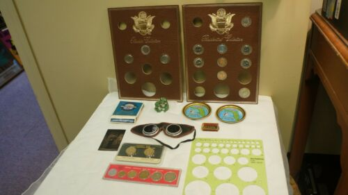 LOT OF MISCELLANEOUS ITEMS COINS-PLAYERS SPECIAL BLEND BOX GOGGLES BLADES FROG