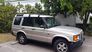 Land rover discovery series 3 v8 petrol 4x4 Burleigh Heads Gold Coast South Preview