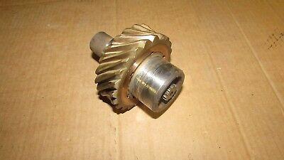 Massey Ferguson 1100 Perkins 354 Diesel Oil Pump Shaft Gear Assembly