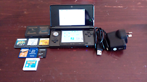 Nintendo 3DS + Charger, 8 Games & 2 SD cards Box Hill The Hills District Preview