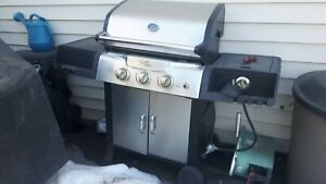 Propane bbq for parts