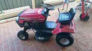 Ride on Mower Wilberforce Hawkesbury Area Preview