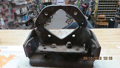 Ford 700900901 20004000 4 Cyl Rowcrop Tractor Drawbar Rear Bracket Hanger