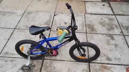 Colorado kids bike, 16 inch with training wheels