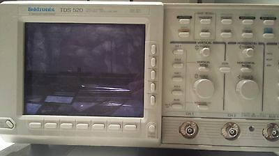 Tektronix Tds 520 500mhz Digitizing Oscilloscope Tds520a Read First As Is Sale