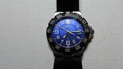 Victorinox Swiss Army Men's 241410 Summit XLT Blue Dial Watch