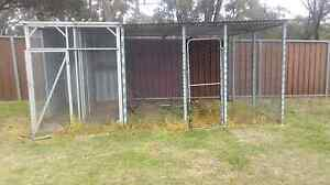Sold - pending pick up! Bird Avery / Chicken Coop / Tool Storage Yanderra Wollondilly Area Preview