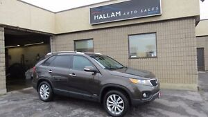 2011 Kia Sorento EX V6 All wheel drive, heated seats, bluetooth