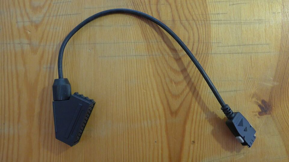 Loewe Adapter Kabel  VHS auf Mini-VHS 71 480 080 in Kiel