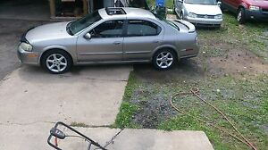 2002 Nissan Maxima Loaded asking 1400