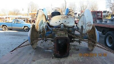 Ford 60120004 Cyl Tractor Differential Assm Lifttoplinkagefenders Etc