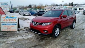 2016 Nissan Rogue SV AWD, HEATED SEATS, TECH PACKAGE,Moon-roof