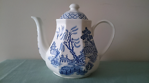 Willow pattern ceramic teapot Turner North Canberra Preview