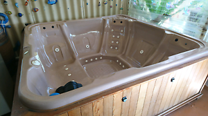 7 seater spa for sale Maddington Gosnells Area Preview