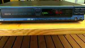 AKAI Digital Audio compact disc player. Hamersley Stirling Area Preview
