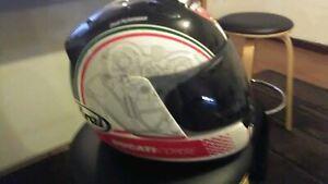 Arai rx7 Ducati limited edition women's motorcycle helmet Xtra small