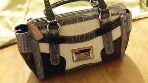 GUESS Handbag Black and Grey Greenwith Tea Tree Gully Area Preview