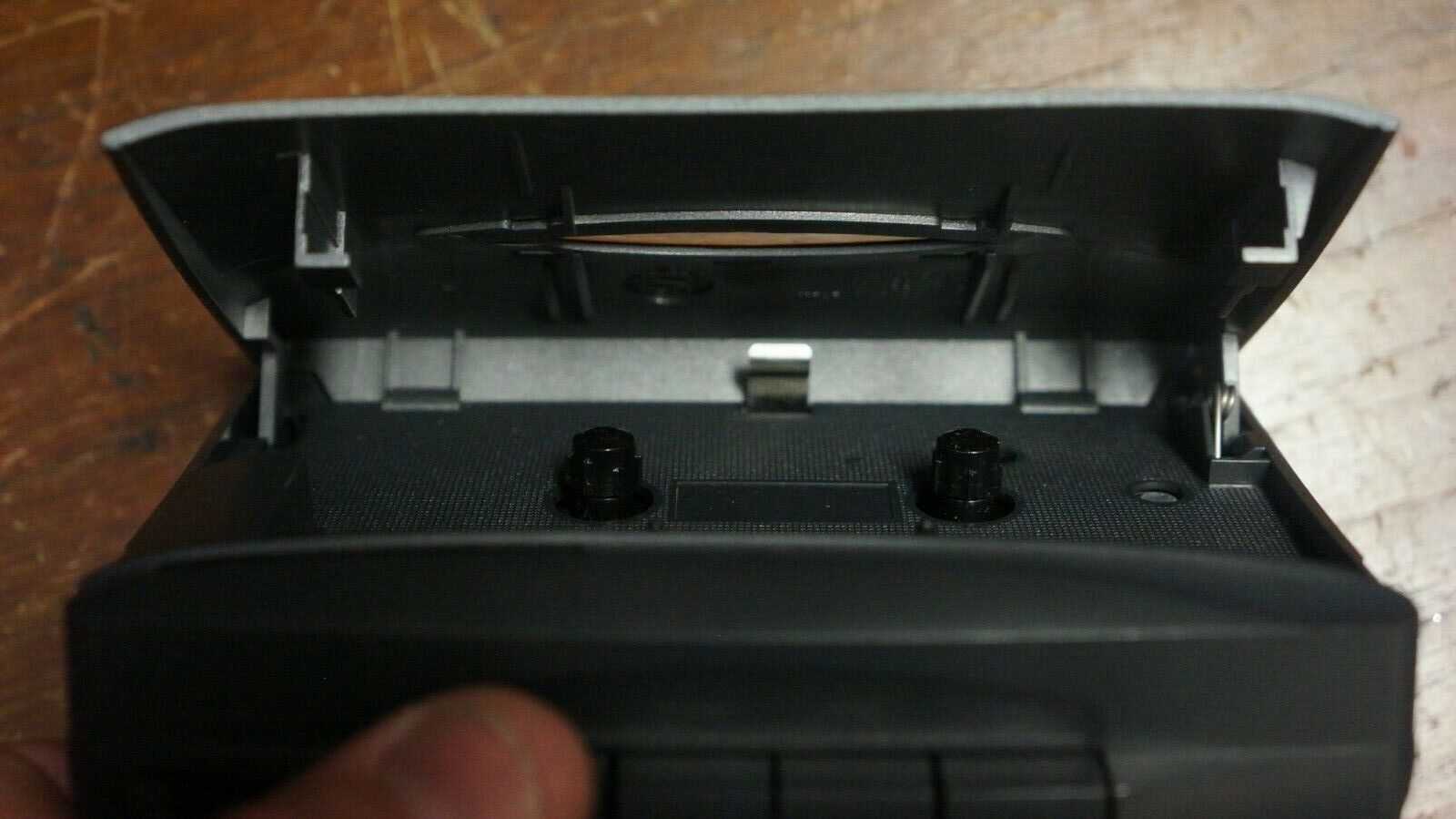 RCA AM FM RADIO CASSETTE PLAYER AS IS PARTS OR REPAIR - $9.95