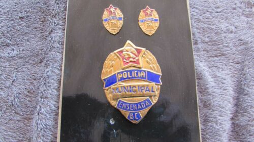 VERY COOL COLLECTION OF OBSOLETE ENSENADA, B.C. MEXICO POLICE BADGE & CUFFLINKS