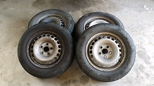 Volkswagen t5 transporter rims Kanahooka Wollongong Area Preview