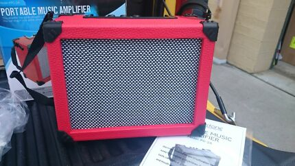 Livingstone Portable Music Guitar Amplifier Red  Wilberforce Hawkesbury Area Preview