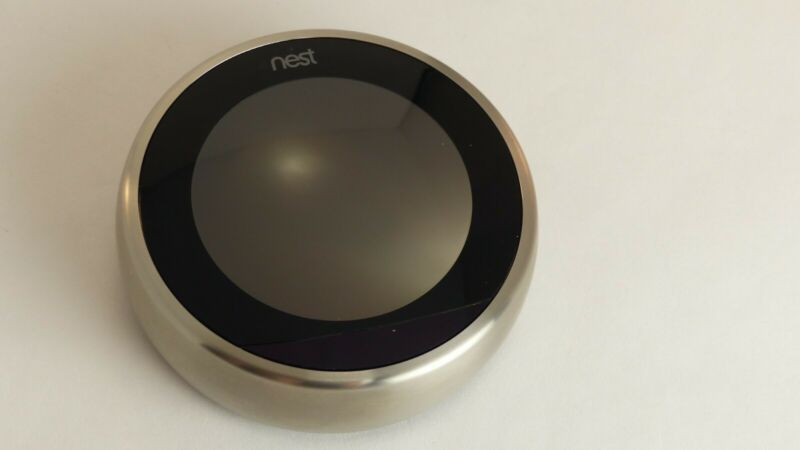nest learning thermostat 2nd generation - silver, used in very good condition.