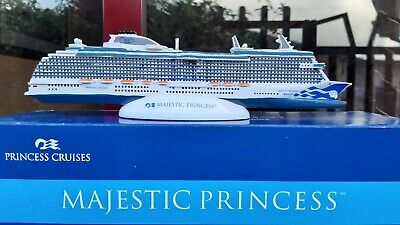 Majestic Princess Cruise Ship Model. Princess Cruises Model. Modellino Nave