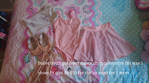 Ballet outfit fits size 4-5 Caloundra Caloundra Area Preview