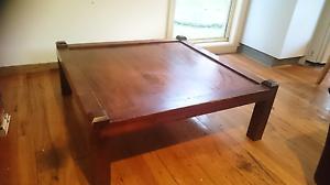 Square coffee table. Kurrajong Heights Hawkesbury Area Preview
