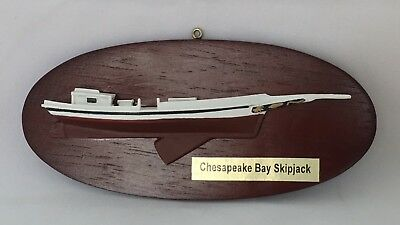 Half Hull Boat Model, Chesapeake Bay Skipjack Sailboat (Workboat), Small