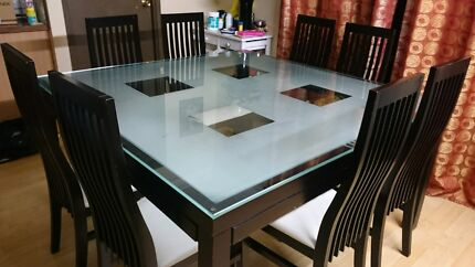8 seater dining table Glendenning Blacktown Area Preview