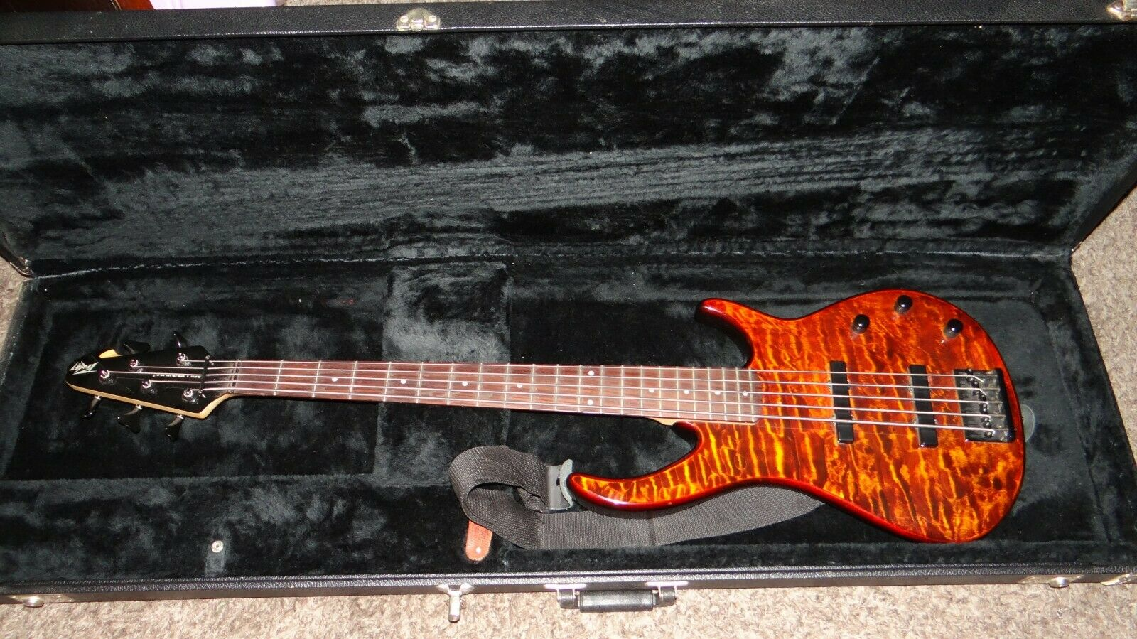 Peavey Millennium 5 String Electric Bass Guitar, Tiger Eye With Hard Case  - $199.00