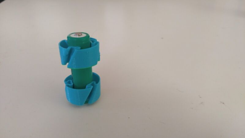 AA to C Size Battery Adapter Case, AA to C Size Spacers, AA to C 1.5V - 4 Pack