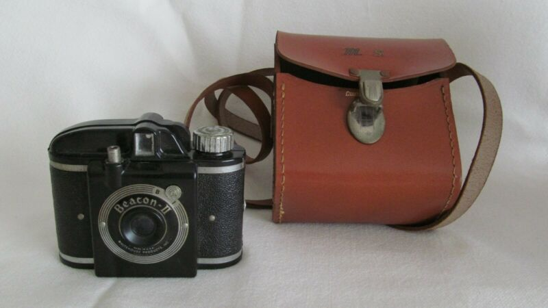 Beacon II Vintage Camera with Case Whitehouse Products USA Made /UNTESTED
