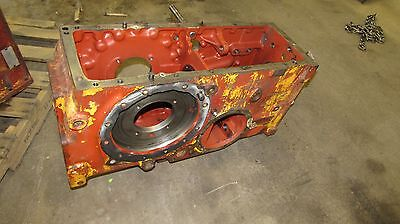 International 574 Tractor Transmissiondifferential Housing