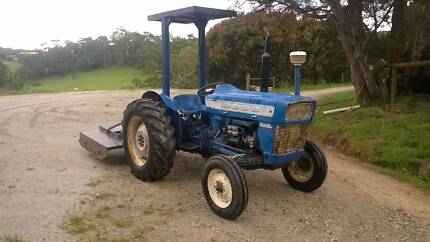 Tractor Ford 3000