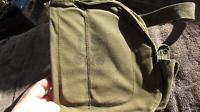 VERY COOL VINTAGE U.S. MILITARY M-17 GAS MASK GREEN CANVAS FIELD BAG