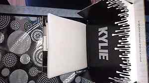 kylie Costemtics Lip Kit Dolce K Authentic Roxburgh Park Hume Area Preview
