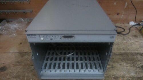 Hp E8403A VXI Mainframe HP 75000 Series C