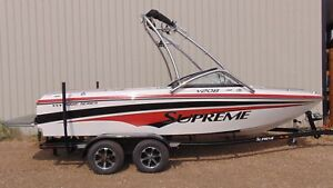 2012 Supreme V208 WAKE SERIES