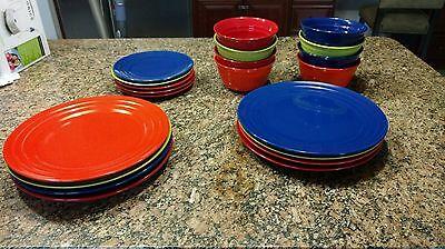 Rachel Ray Double Ridge Dinnerware Dinner Plates Salad plates Bowls EUC