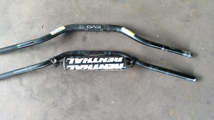 2 sets of mx bars.  Renthal and Pro Taper fatbars
