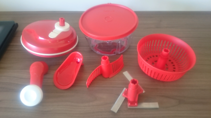 Tupperware RED Quick Chef Food Processor ~Chop, Spin, Blend, Mix